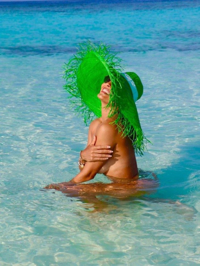 Juliana Paes faz topless e mostra bumbum nas Ilhas Maldivas | Celebridades  | O Dia