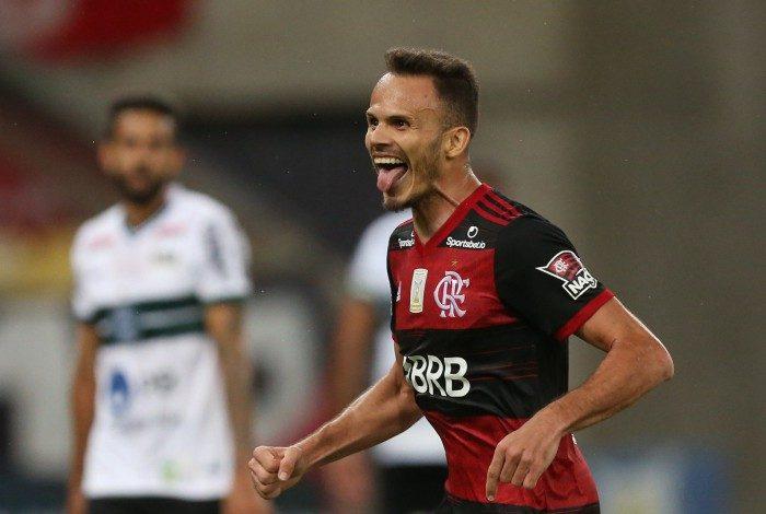 Flamengo derrotou o Coritiba