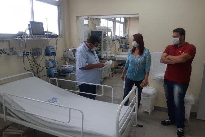 A Secretaria Municipal de Saúde abriu mais seis leitos de CTI no Hospital Franciscano Nossa Senhora das Graças, em Lagoinha, e outros quatro no Retaguarda Gonçalense, no Centro