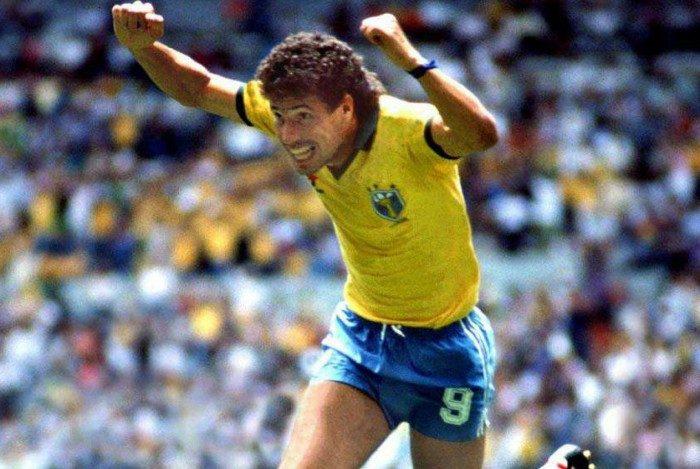 A poderosa linha ofensiva do Napoli com Maradona e Careca fez sucesso na Itália no fim da década de 80 e início da de 90