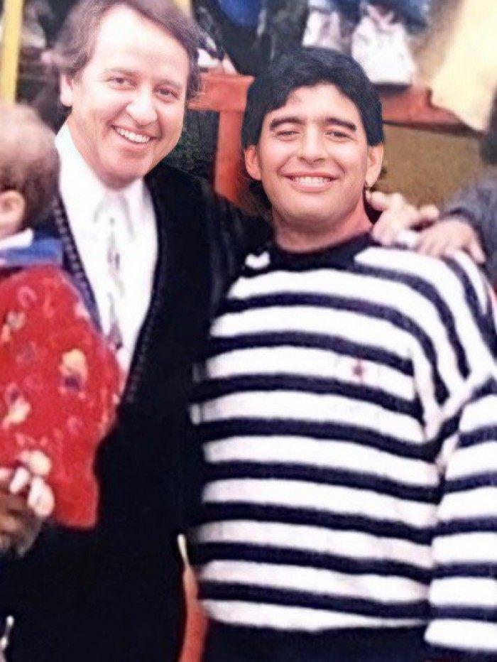 Humorista Carlos Villagrán, o Quico de 'Chaves', posta homenagem a Maradona