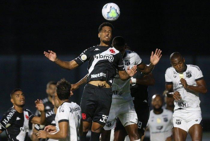 Vasco e Ceará se enfrentam nesta segunda-feira, às 18h, em São Januário, pela 23ª rodada do Campeonato Brasileiro.