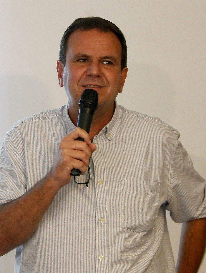 Eduardo Paes, prefeito eleito do Rio, anunciou medidas para o combate à covid-19