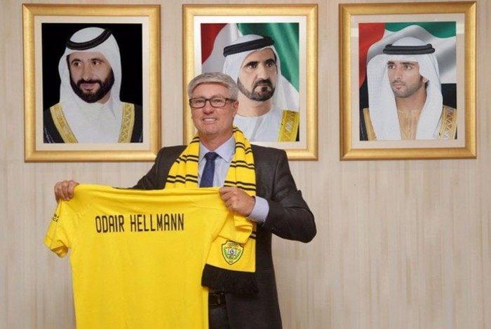 Odair Hellmann é apresentado oficialmente no Al Wasl