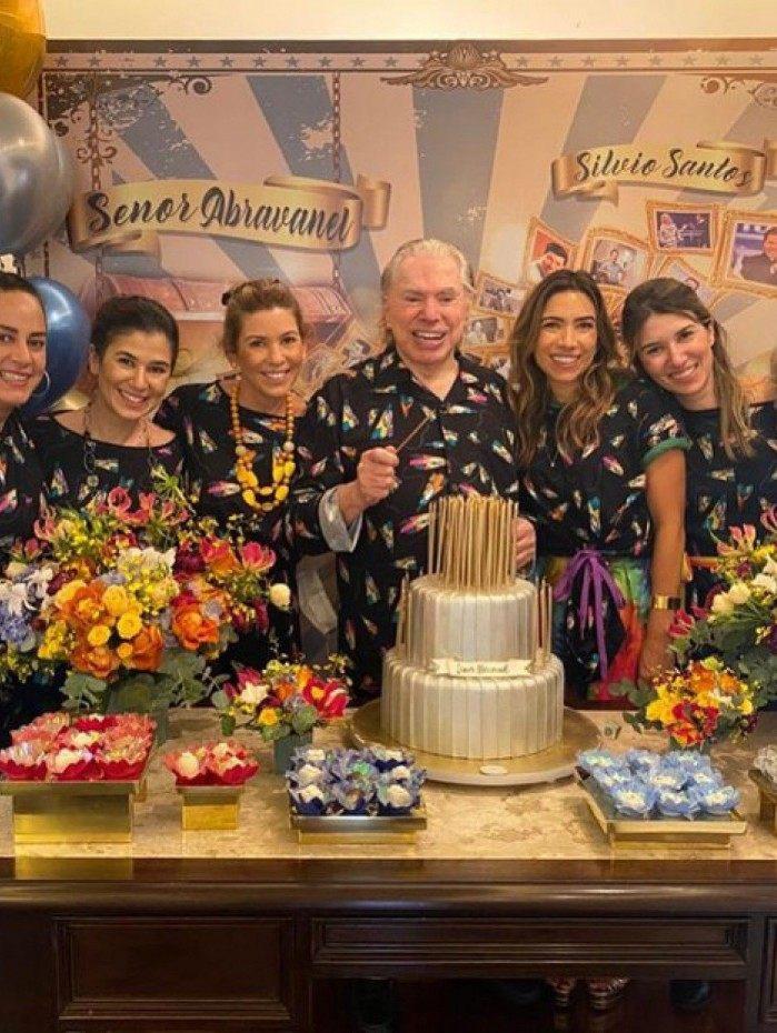 Silvio Santos faz 90 anos com festa do pijama
