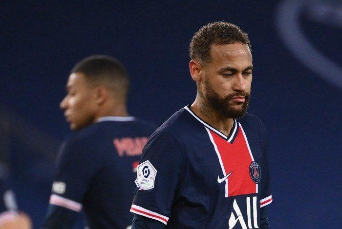 Neymar, que se recupera de uma lesão no tornozelo, será desfalque pelo quarto jogo seguido do PSG