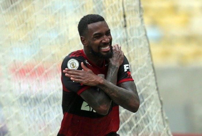 Gerson diz ter sofrido injúria racial na partida contra o Bahia
