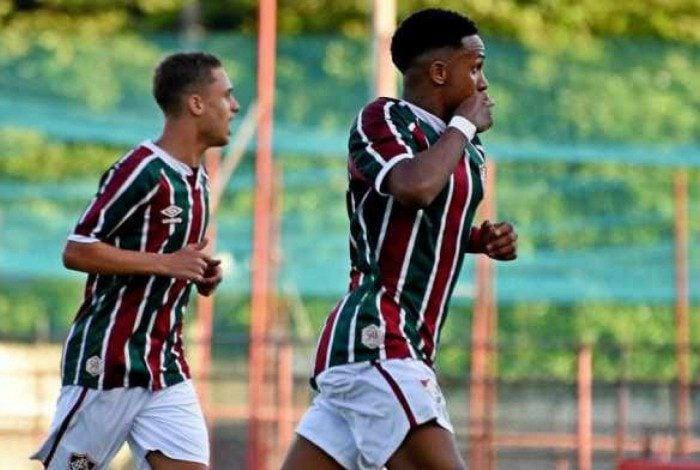 Fluminense vence Athletico e larga em vantagem na final do Campeonato Brasileiro sub-17