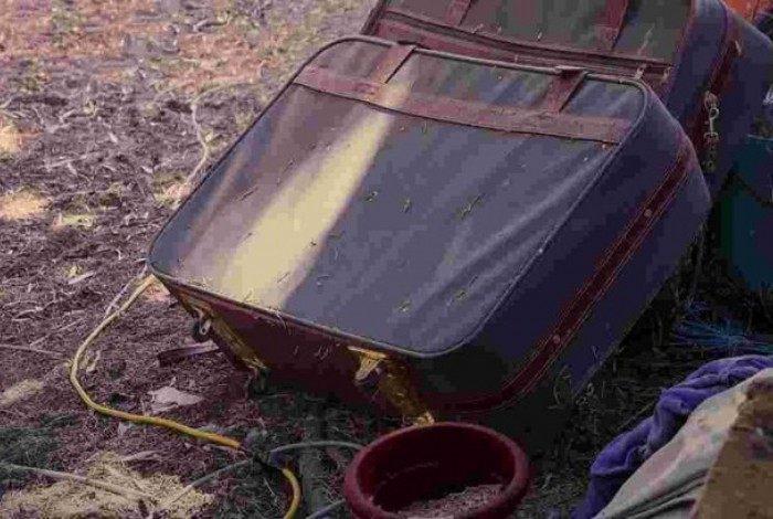 Pelo terceiro dia consecutivo, mala com restos humanos é encontrada pela polícia