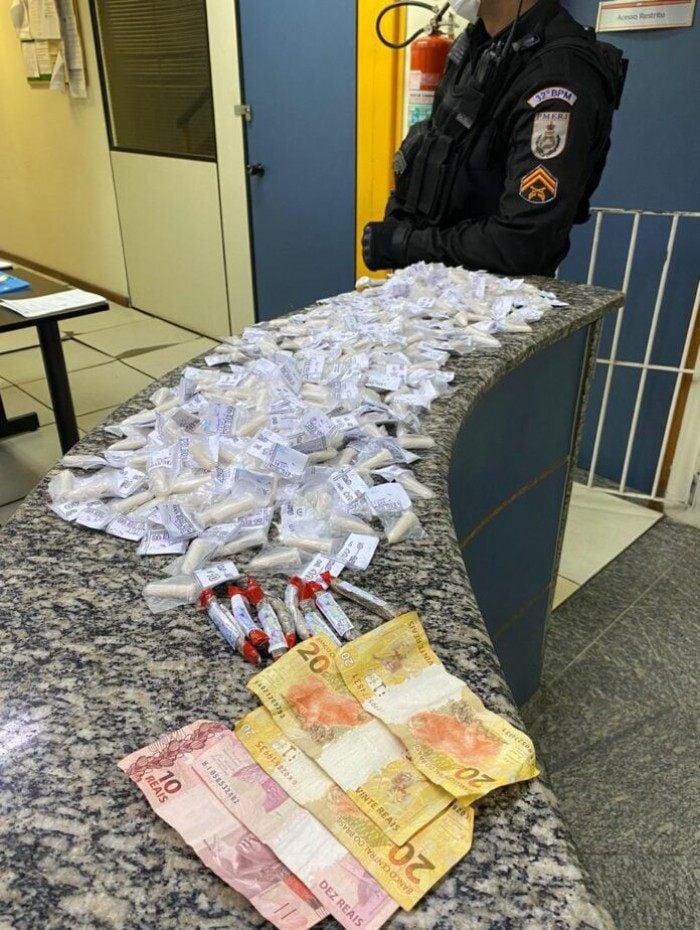 O material e os suspeitos foram encaminhados para à 128ª DP de Rio das Ostras