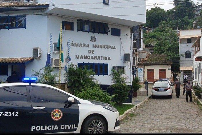 Polícia Civil cumpre mandados de busca e apreensão na Câmara Municipal de Mangaratiba