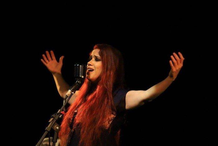 Além de cantora, Renata é produtora Cultural e ex-aluna do curso de produção cultural da UFF