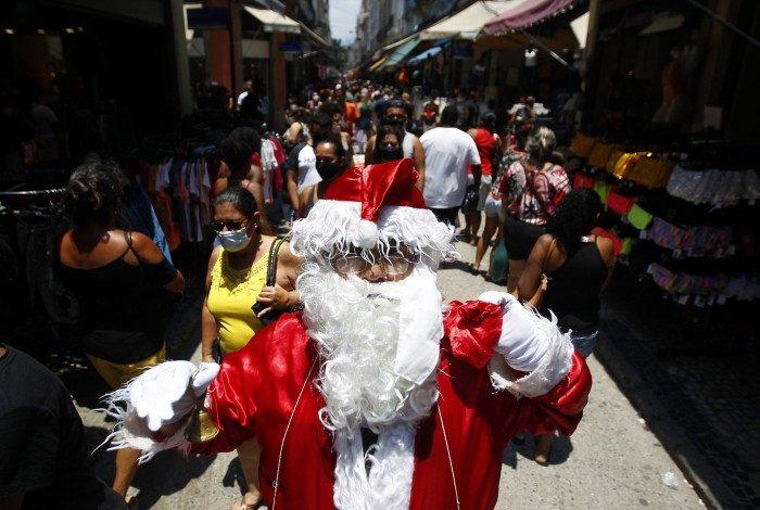 Rio de Janeiro 19/12/2020 - Movimentação na Saara para compras de Natal. Foto: Luciano Belford/Agencia O Dia