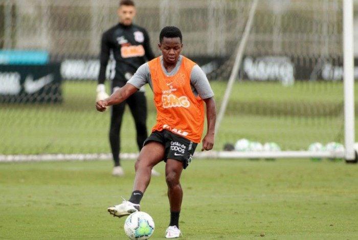 Timão mira vaga no G6 contra o Botafogo