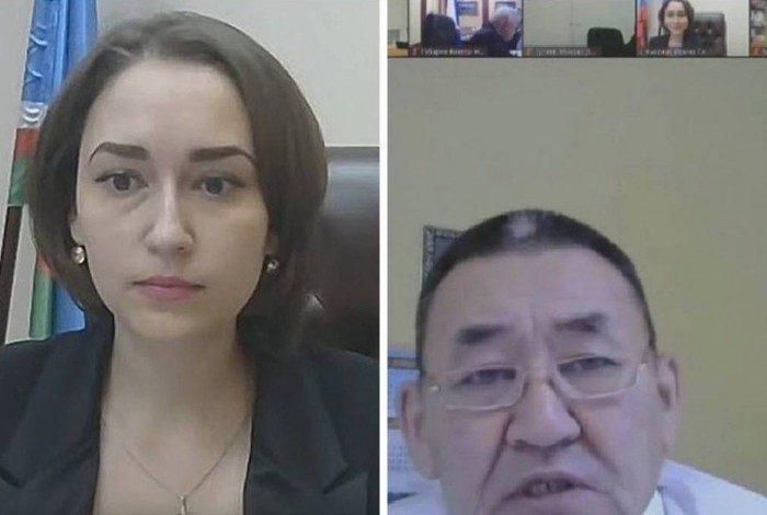 Líder comunista, Ammosov aparentemente disse a Irina Vysokikh, durante a sessão que, por ser um 'homem saudável', seus olhos estavam fixos em seu 'lindo peito