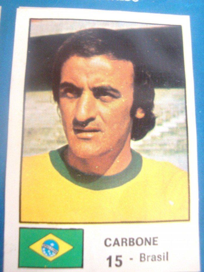 Figurinha de Carbone no álbum da Copa de 1974