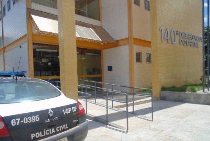 Suspeito foi preso por agredir a companheira de 14 anos.