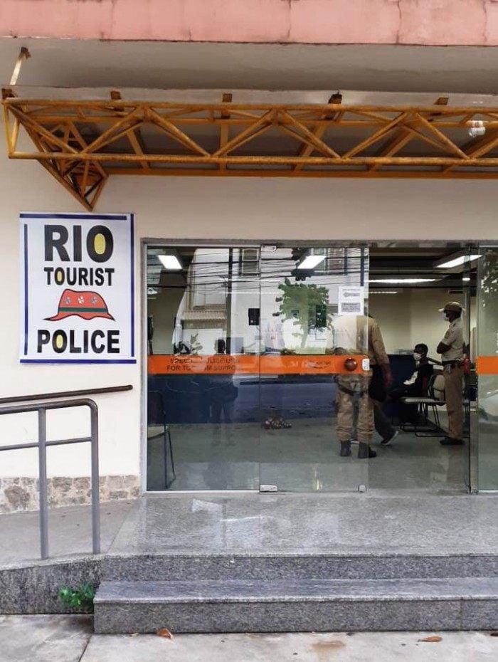 Guardas municipais prendem homem que furtou cordão de ouro de turista americano em Copacabana