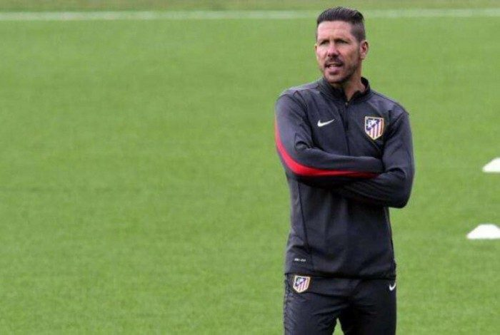 Diego Simeone dirige o Atlético de Madrid