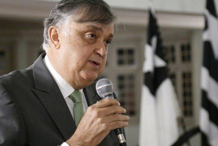 Presidente do Botafogo, Durcesio Mello tem tarefa complicada