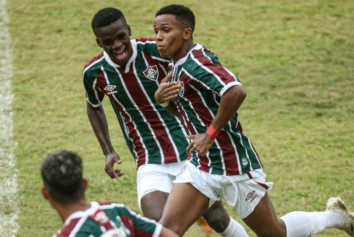 Kayky e Metinho