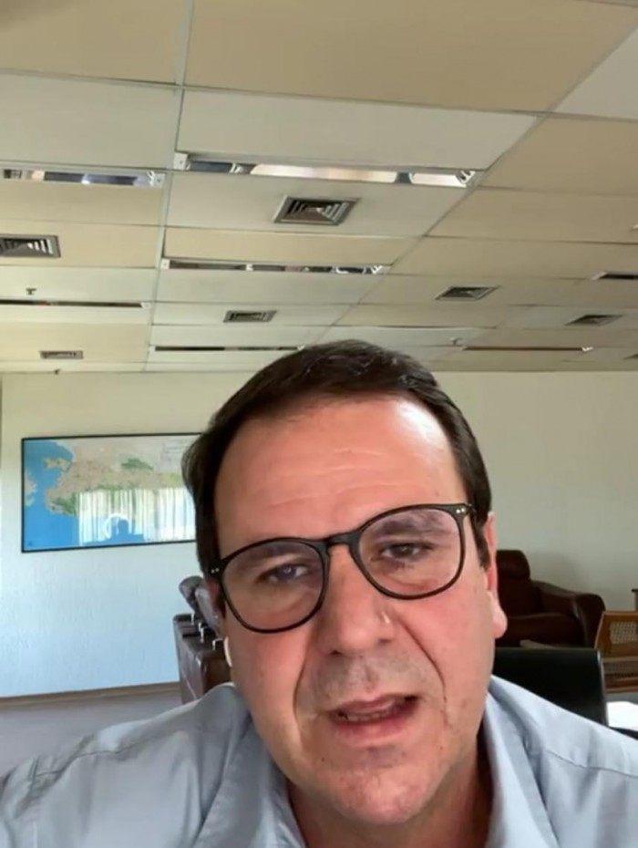 Eduardo Paes pede mais conscientização dos cariocas durante live