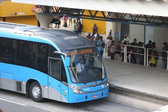 Retirada da concessão do sistema de bilhetagem eletrônica e do BRT