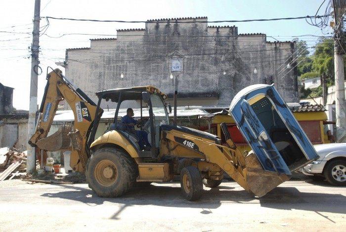 Operação Choque de Ordem da prefeitura do Rio, em Quintino