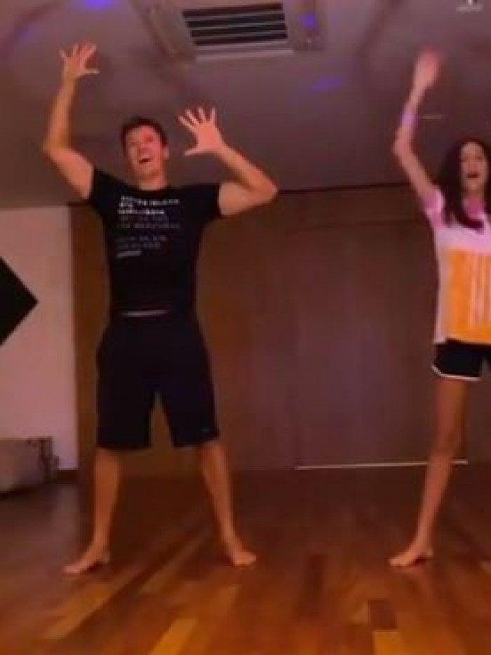 Rodrigo Faro e a filha Maria competem em atividade de dança