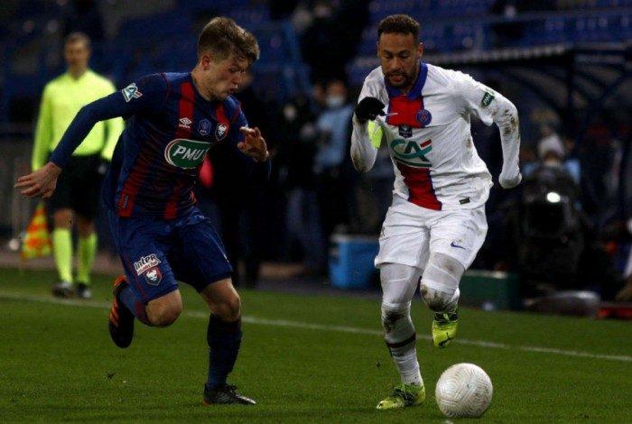 Possível lesão de Neymar preocupa o PSG