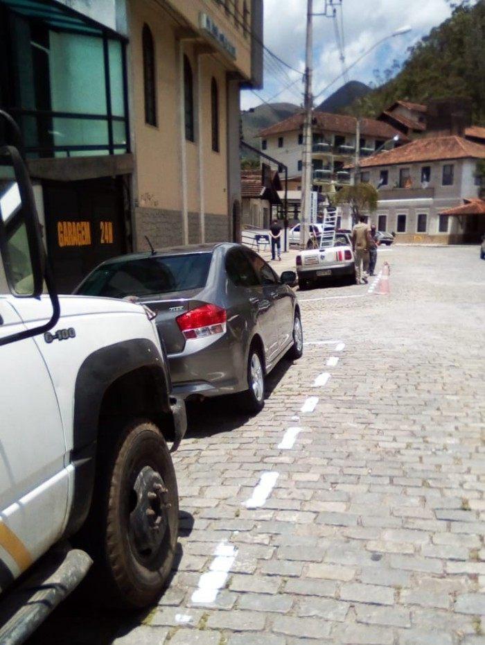 Locais de estacionamento estão demarcados para evitar erros