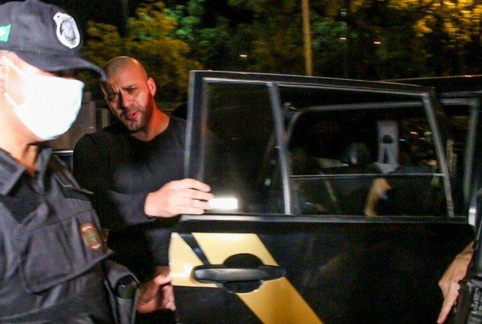 Silveira está preso há oito dias por ordem do Supremo Tribunal Federal (STF) após divulgar vídeo com ataques aos membros da corte e pregando a substituição de todos os ministros