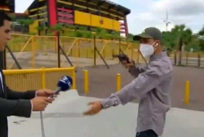 Equipe de TV é assaltada no Equador