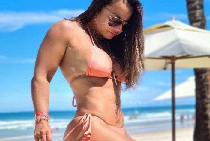 Viviane Araújo compartilhou fotos de biquíni