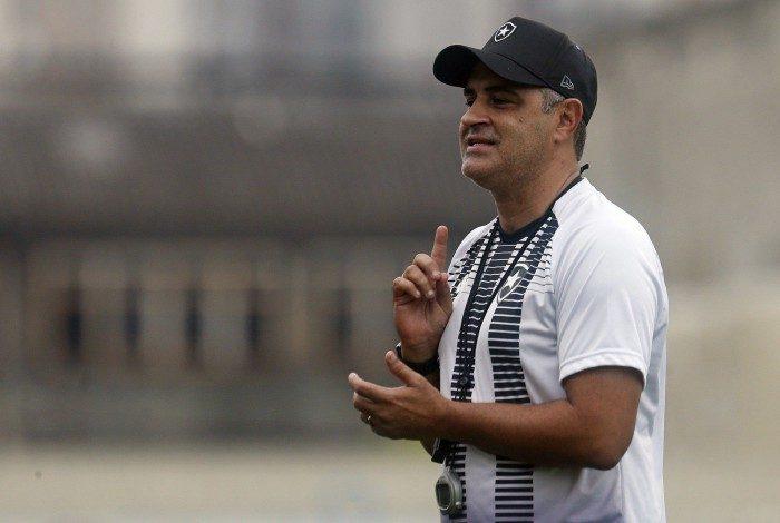 Marcelo Chamusca ainda vai fazer a sua estreia pelo Botafogo
