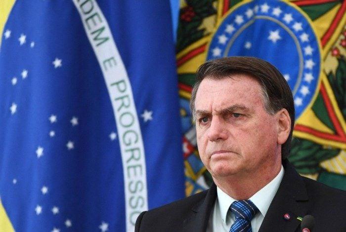 Declarações de Bolsonaro foram feitas no dia em que o Brasil registrou 1.786 mortes em 24 horas por covid-19