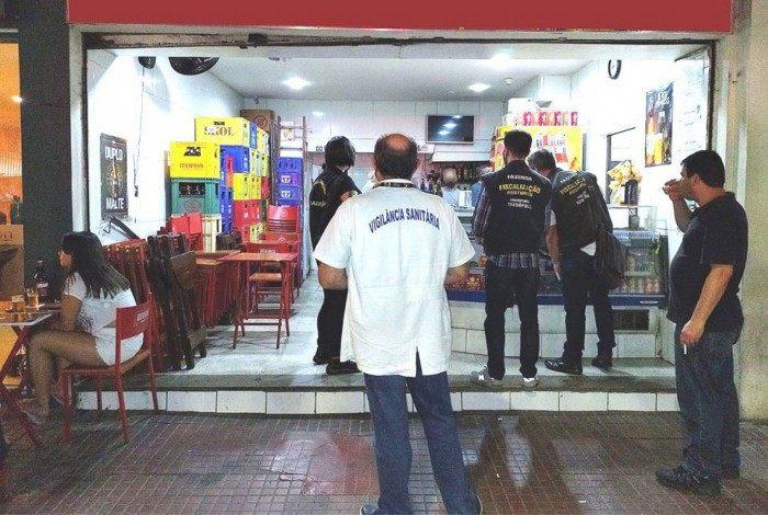 Ação da equipe de fiscalização nos bairros de Teresópolis