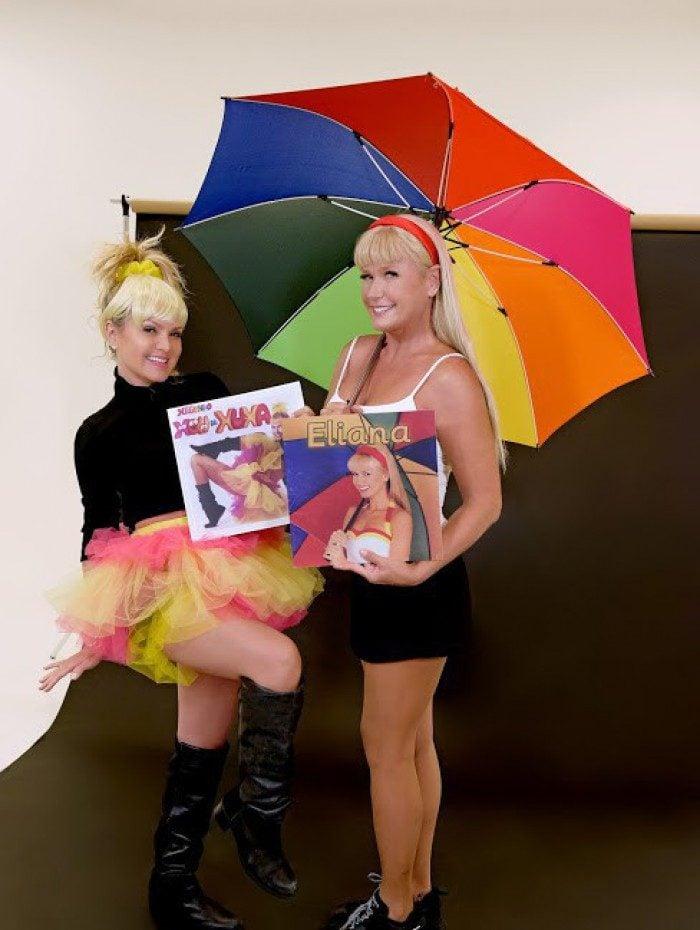 Xuxa e Eliana gravam juntas e reproduzem capas de discos uma da outra