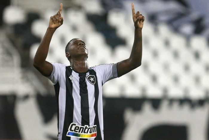 Matheus Babi fez dois gols