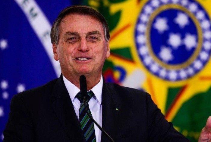 """Em um primeiro momento, Bolsonaro teria criticado Fachin a seus assessores, dizendo que o ministro é """"petista"""" e tem tomado """"decisões absurdas"""""""