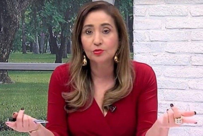 Sônia Abrão detona Carla Diaz: 'Mulher-capacho'