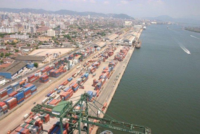 PF apreende 1,1 tonelada de cocaína no Porto de Santos