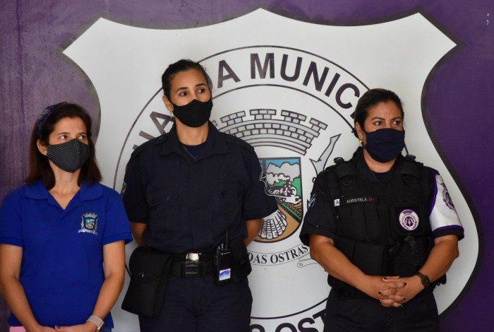 Guardas Civis municipais e outras mulheres servidoras receberam reconhecimento pelo trabalho que realizam