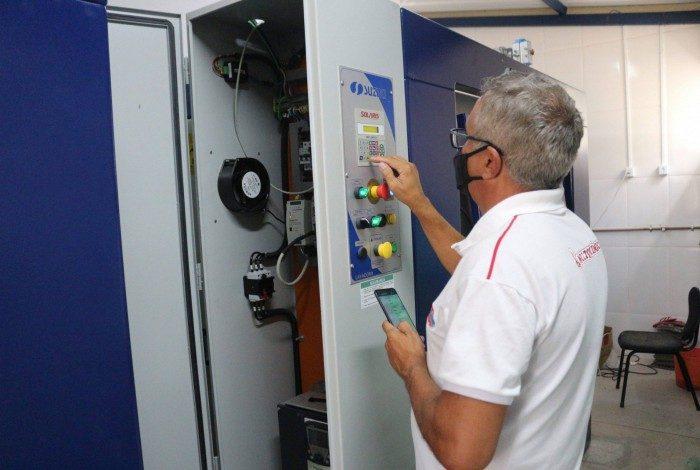 Unidade conta com duas máquinas de lavar e duas secadoras