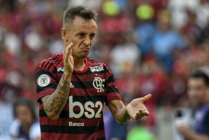 Rafinha em ação pelo Flamengo