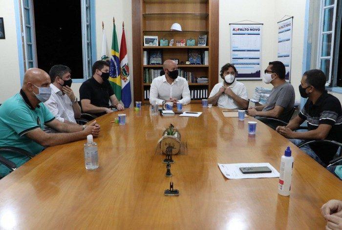 Ampliação do número de leitos de UTI na região foi uma das pautas da reunião