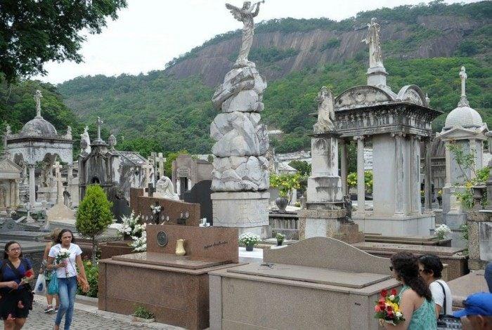Covid-19: Brasil ultrapassa 480 mil mortos