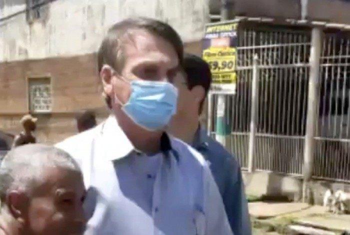 Bolsonaro em visita a Taguatinga