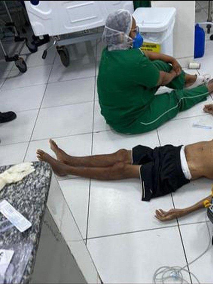 Idoso foi atendido no chão por falta de maca na UPA, em Teresina
