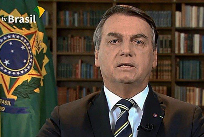 Cidade onde nasceu Bolsonaro decreta lockdown para combater coronavírus